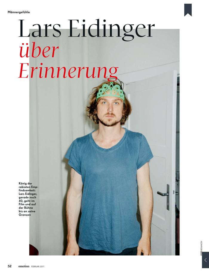 Lars Eidinger übe...